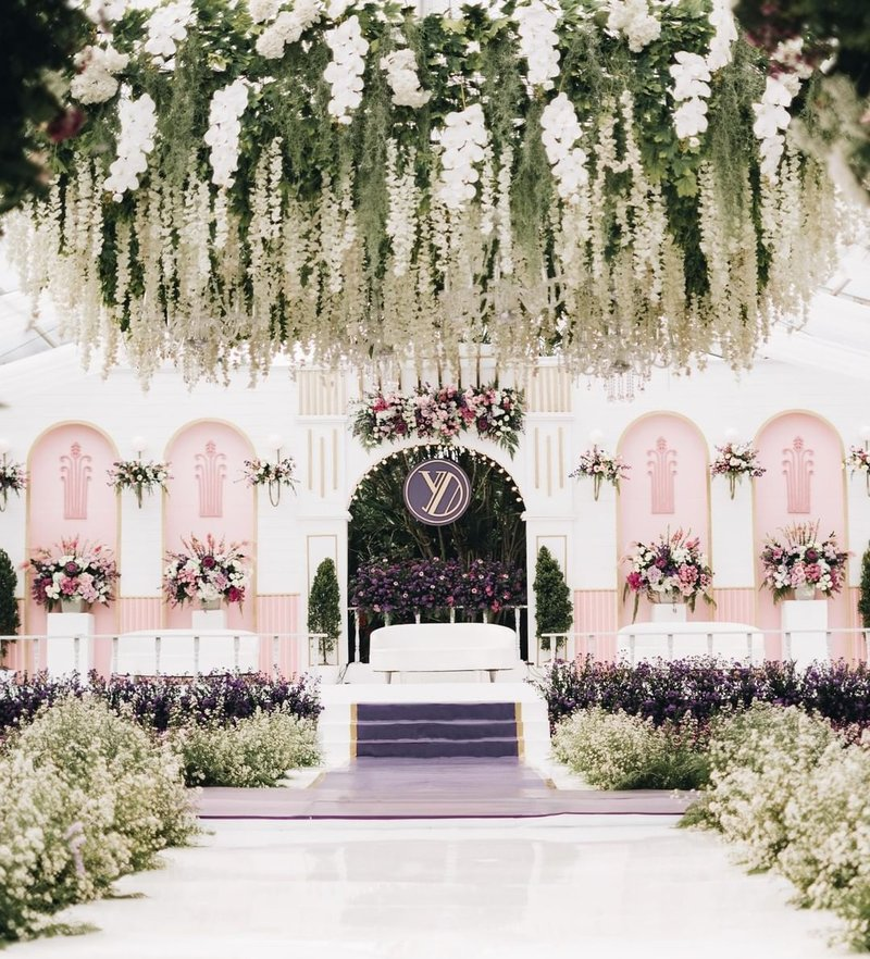 Dekorasi Pernikahan Modern Bertema Fairy Tail