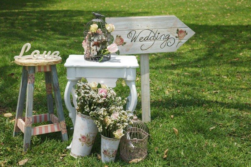 Dekorasi Pernikahan Simpel Ala Vintage