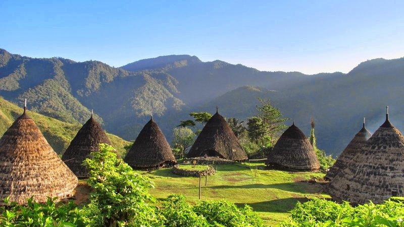Desa Wae Rebo Negeri di Atas Awan.jpg