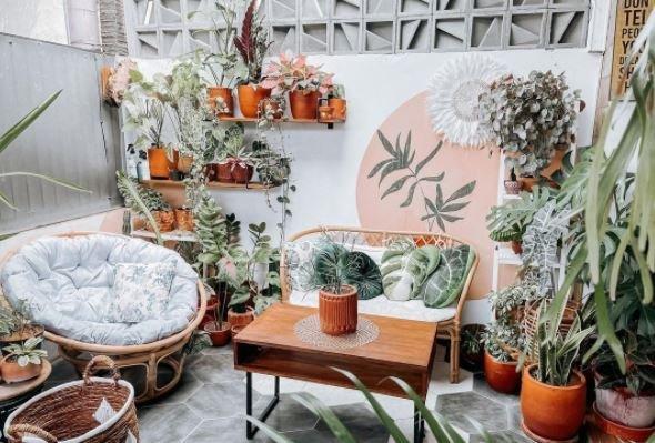 Desain Teras Rumah Minimalis Bertema Garden
