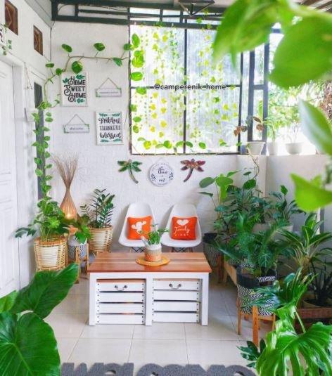 Desain Teras Rumah Minimalis Bertema Putih Natural