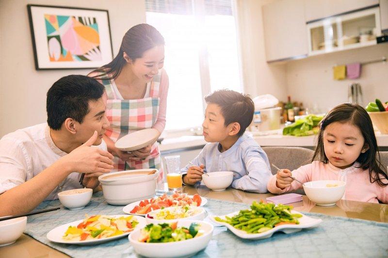 Era Digital Hambat Interaksi Antara Orang Tua dan Anak 1.jpg