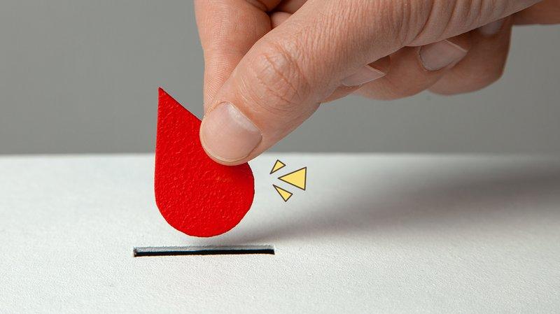 Fakta dan Mitos Seputar Donor Darah yang Harus Moms Ketahui.jpg