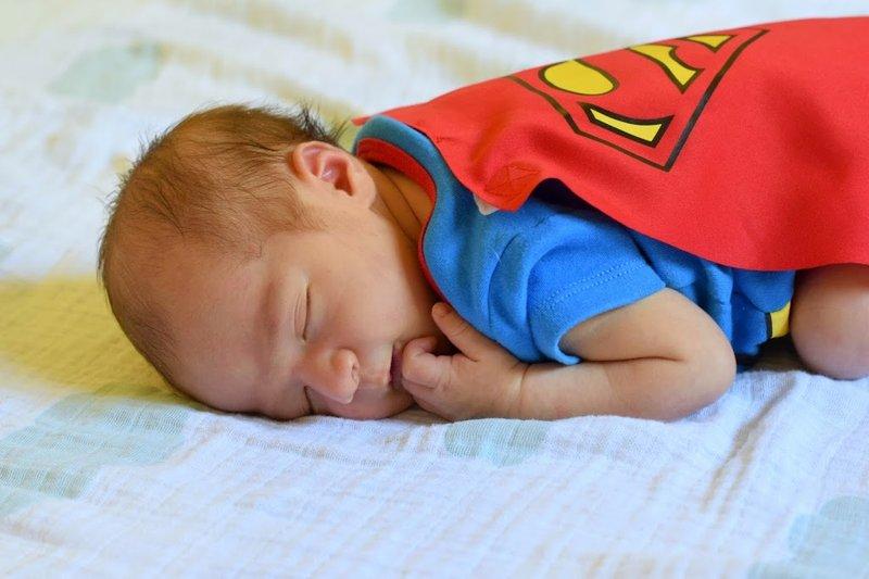 Ide Tema Superhero.jpg