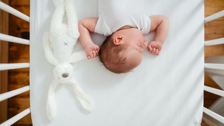 Gampang Kok 5 Cara Ini Akan Membuat Bayi Bebas dari Biang Keringat -1.jpg