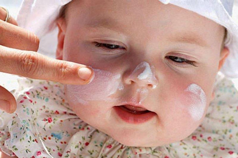 Gampang Kok 5 Cara Ini Akan Membuat Bayi Bebas dari Biang Keringat -3.jpg