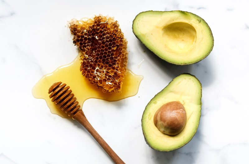 manfaat avokad untuk kulit