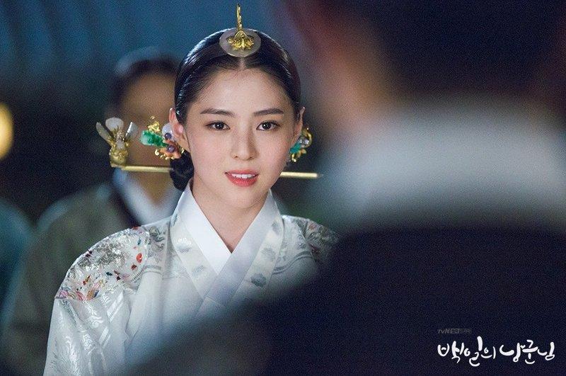 Han So Hee -3.jpg