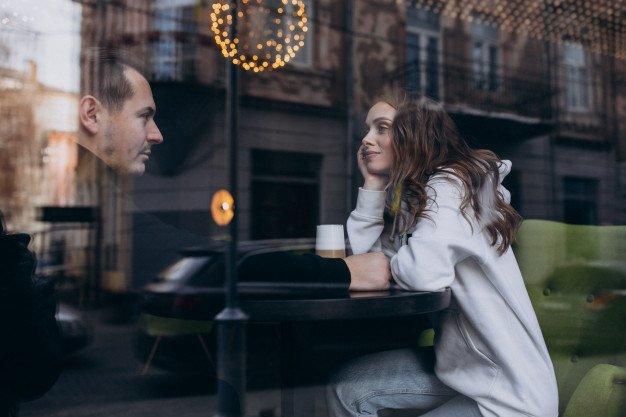 Hangatkan Kembali Rumah Tangga Dengan 7 Ide Romantis Dengan Suami 2 SS.jpg