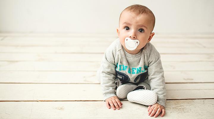 Haruskah Bayi Menggunakan Empeng -2.png
