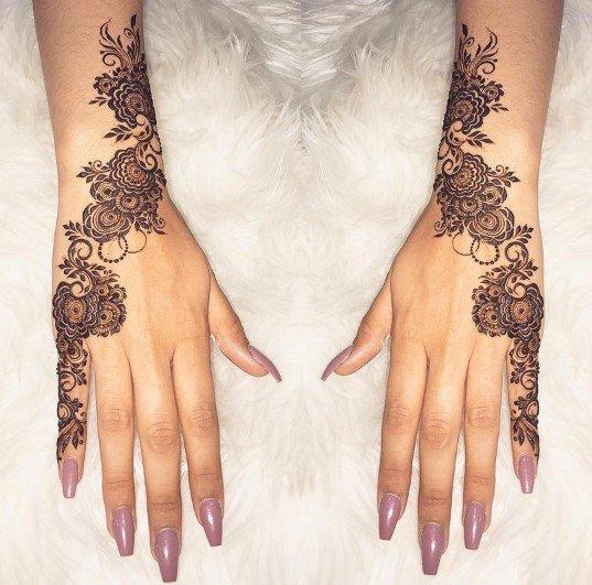 Desain Henna Bunga