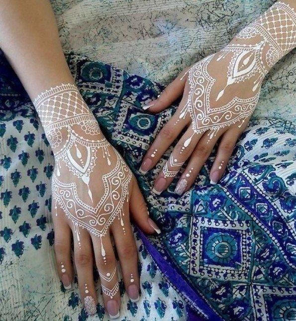 Desain Henna Pendek Putih