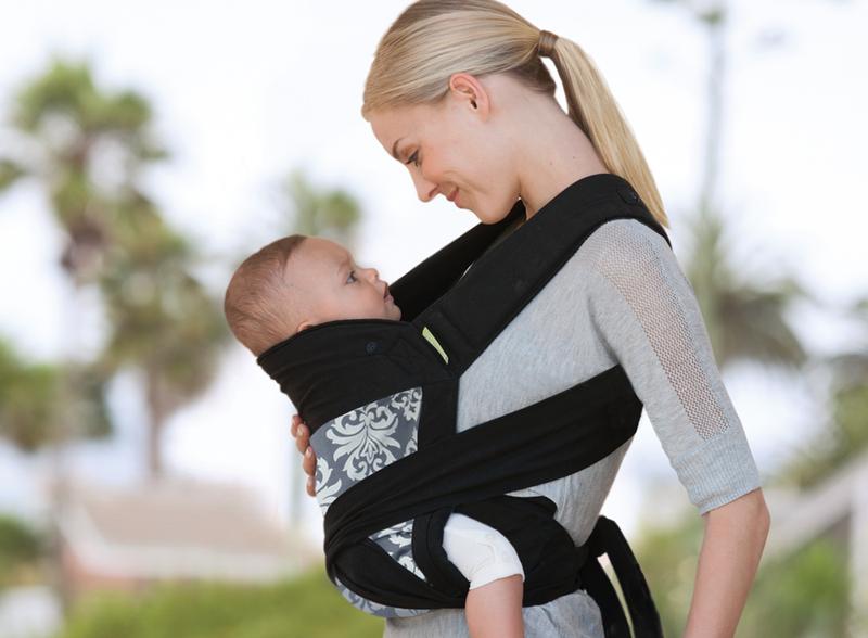 cara menggendong bayi