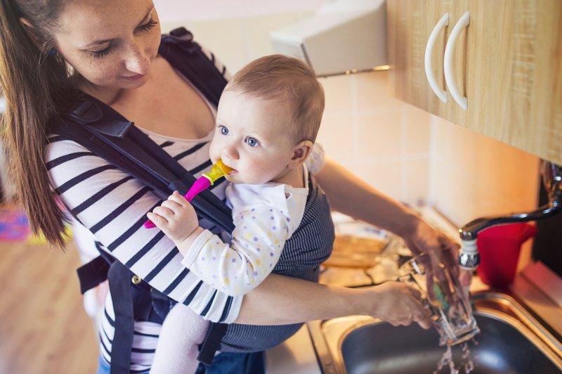 Hindari 5 Kesalahan Saat Menggunakan Gendongan Bayi -5.jpg