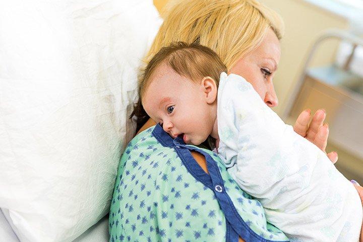 Hindari 5 Penyebab Perut Bayi Kembung Moms -1.jpg