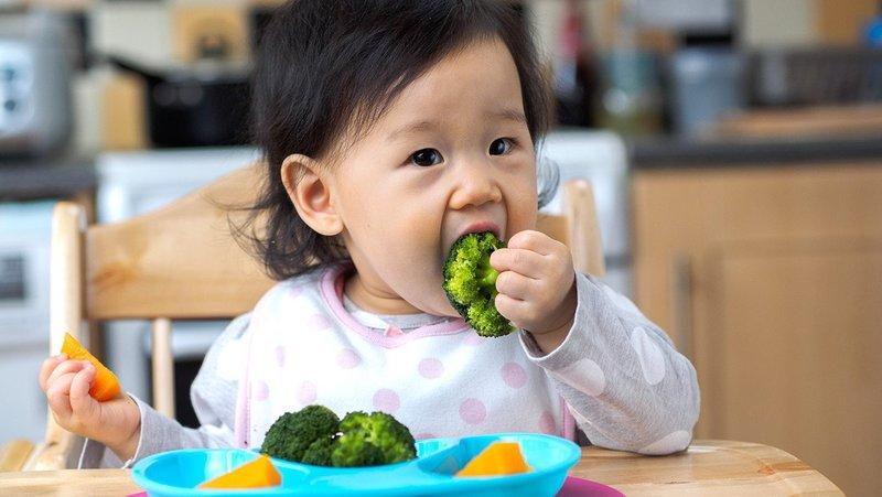 Hindari 5 Penyebab Perut Bayi Kembung Moms -3.jpg