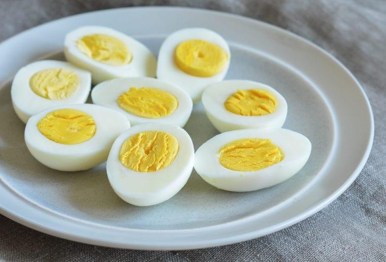How-To-Make-Hard-Boiled-Eggs-760x516.jpg