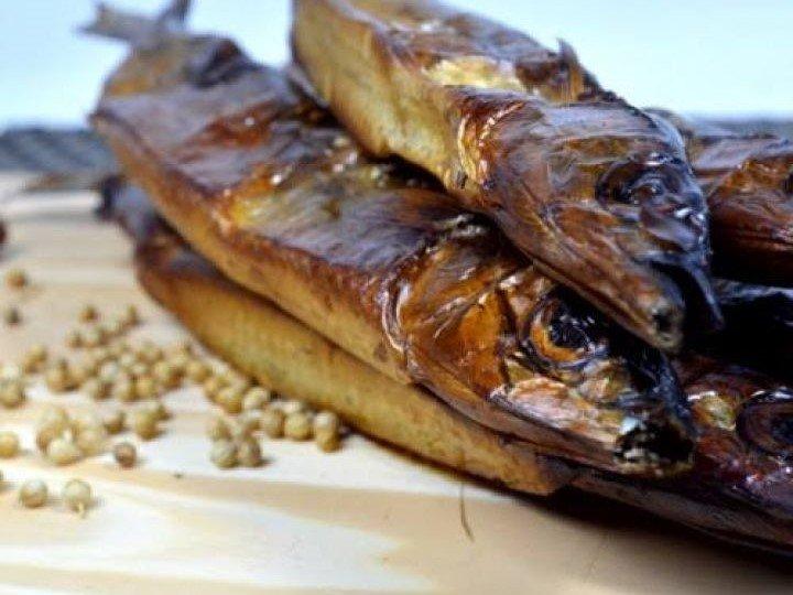 Ikan sagela adalah ikan roa yang diasap khas dari Gorontalo