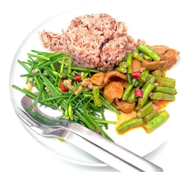 Ini 5 Karbohidrat yang Baik untuk Diet - nasi merah.jpg