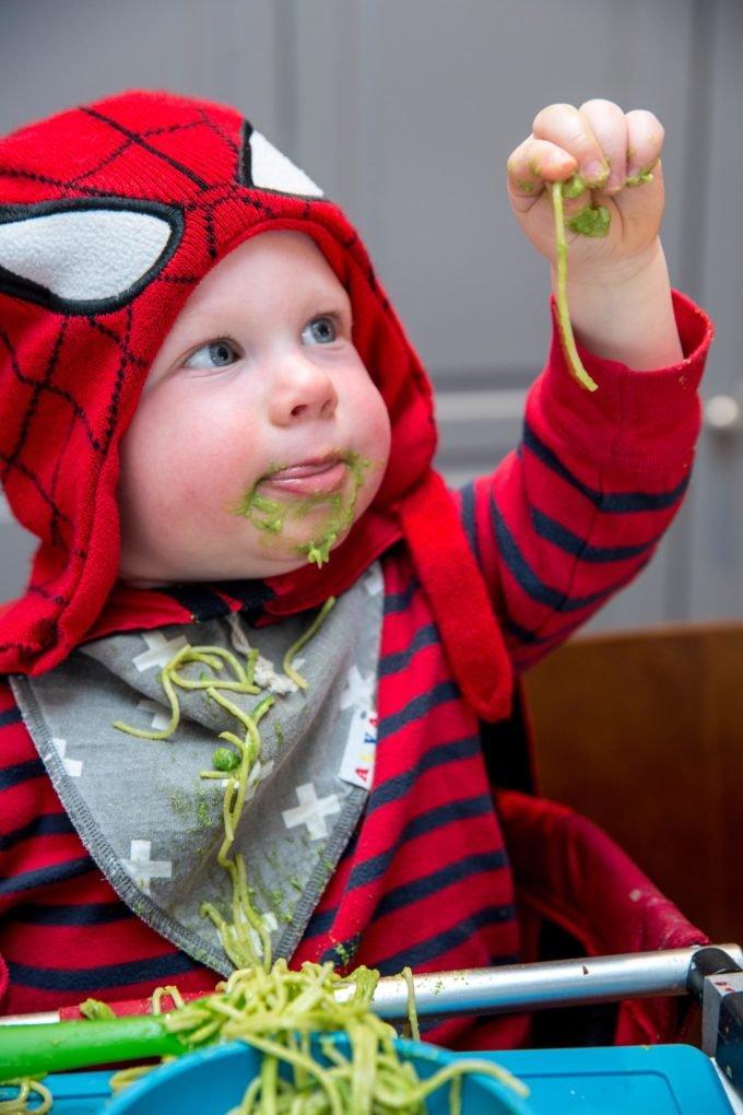 Ini Lho Manfaat Membiarkan Bayi Berantakan -3.jpg