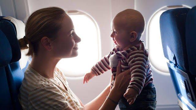 Ini Tips Redakan Sakit Telinga pada Bayi di Pesawat-4.jpeg