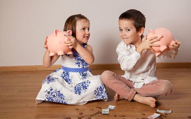 usia anak belajar keuangan
