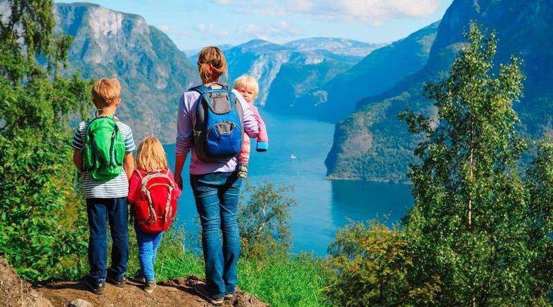 Inilah 4 Tips yang Harus Dipersiapkan sebelum Mengajak Bayi Hiking -2.jpg