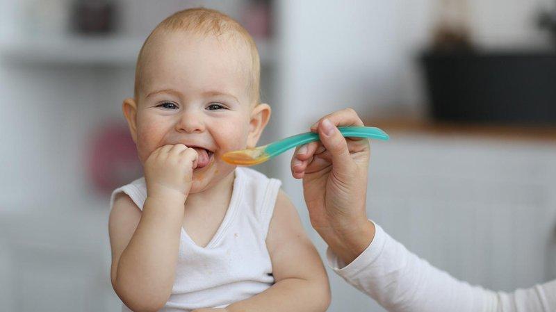 Intip Ini Cara Mudah Memberikan Obat pada Bayi -4.jpg