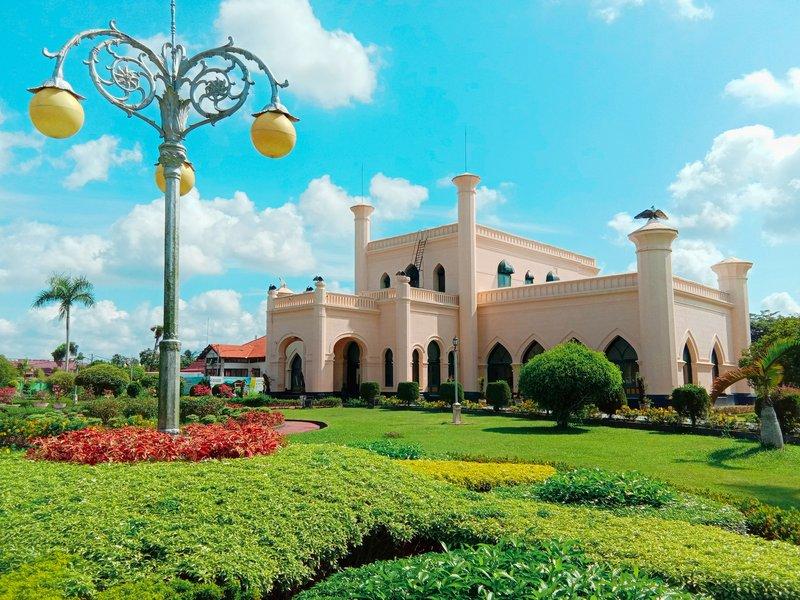 Istana Siak Sri Indrapura.jpg