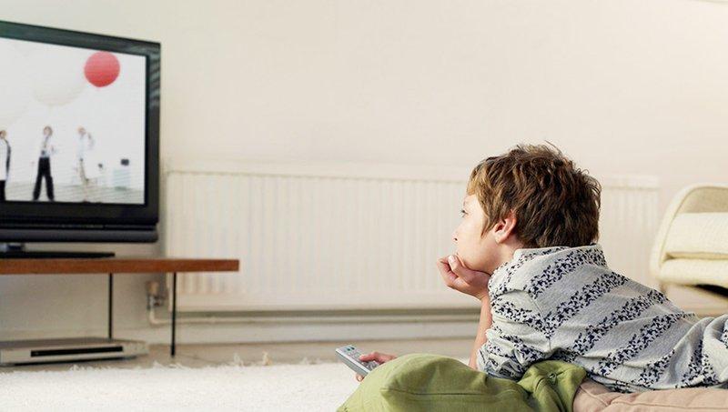 Jangan Menaruh TV Di Kamar Anak, Ini 5 Alasannya! 2.jpg