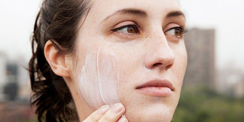 Jenis Sunscreen yang Tepat untuk Kulit Acne Prone-2.jpg
