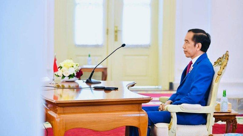 Jokowi bubarkan Gugus Tugas Covid-19.jpg