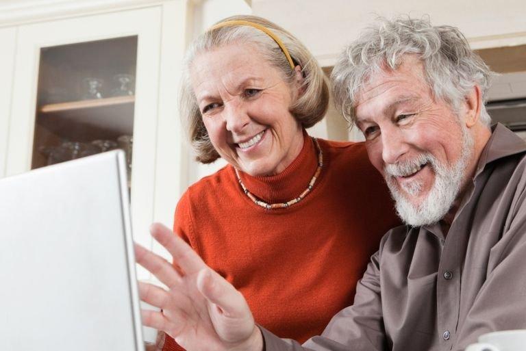 Kakek-Nenek Kurang Perhatian pada Cucu, Ini Cara Mengatasinya-2.jpg