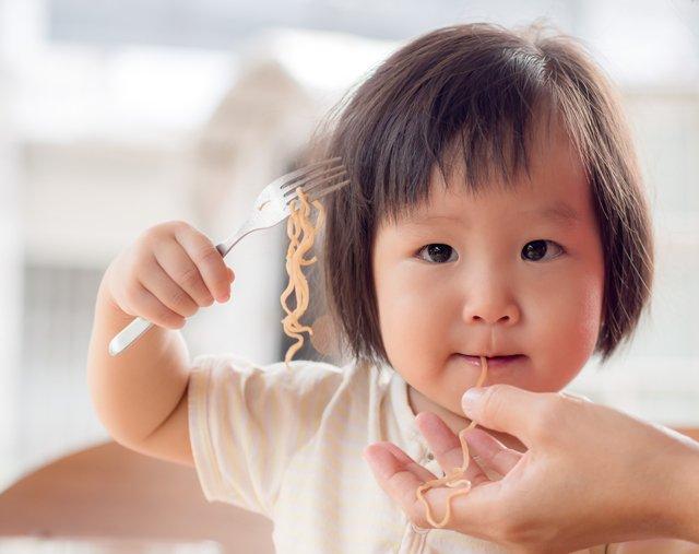 Kapan Bayi Boleh Makan Mie Cek 4 Tanda Ini -4.jpg