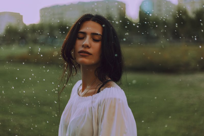 Kata-kata Hujan Tentang Cinta