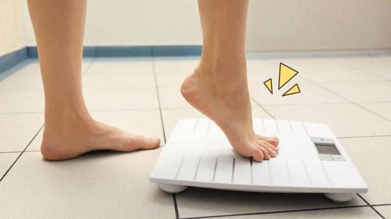 manfaat asi bagi bayi: menurunkan berat badan moms