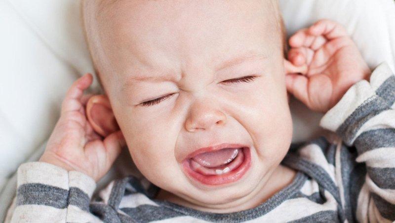 Mengenal Jenis Radang Telinga Tengah pada Anak.jpeg