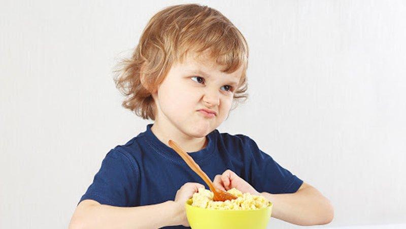 Kenali 5 Tanda Tak Biasa Gangguan Makan Pada Anak 2.jpg