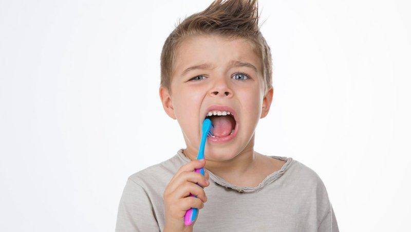 Kenali Makanan Penyebab Erosi Gigi Anak Yang Harus Dibatasi Konsumsinya 1.jpg
