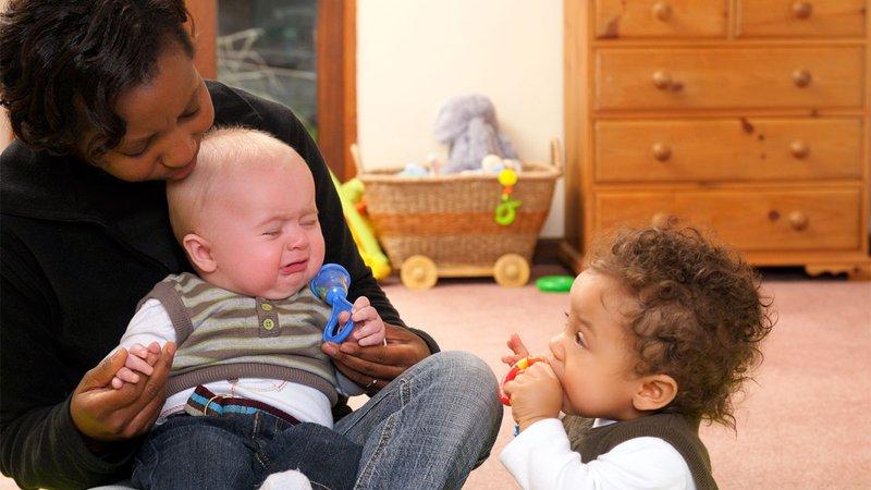 Kenapa Bayi Takut Pada Orang Lain 1.jpg