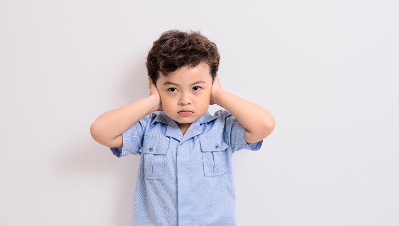 gejala sakit telinga pada anak
