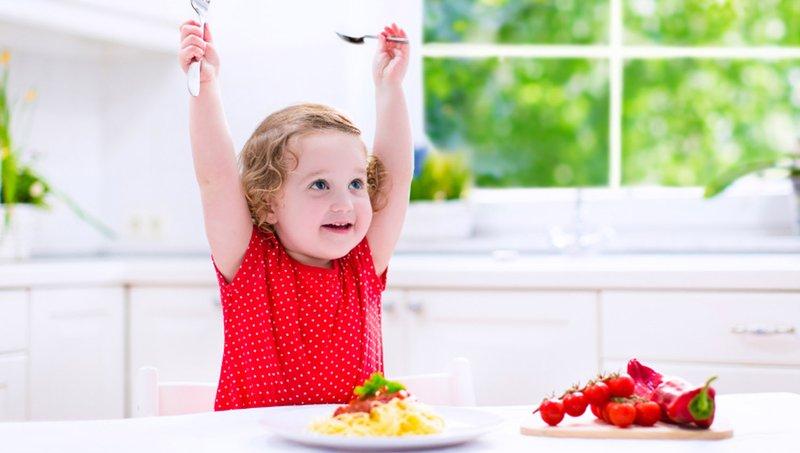 Kiat Mengatasi Kebiasaan Anak Makan Terlalu Cepat 3.jpg