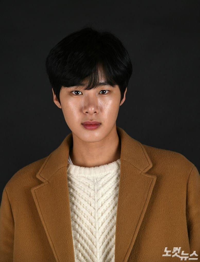 Kim Dong Hee.jpg