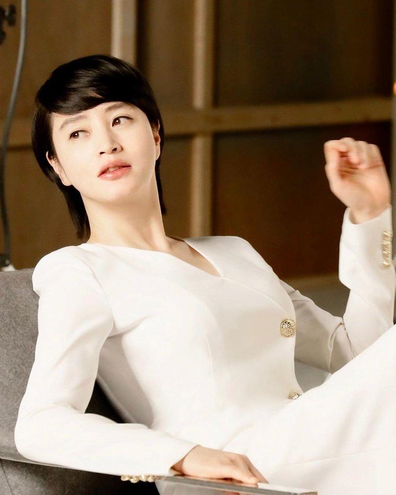 Kim Hye Soo 5.jpg