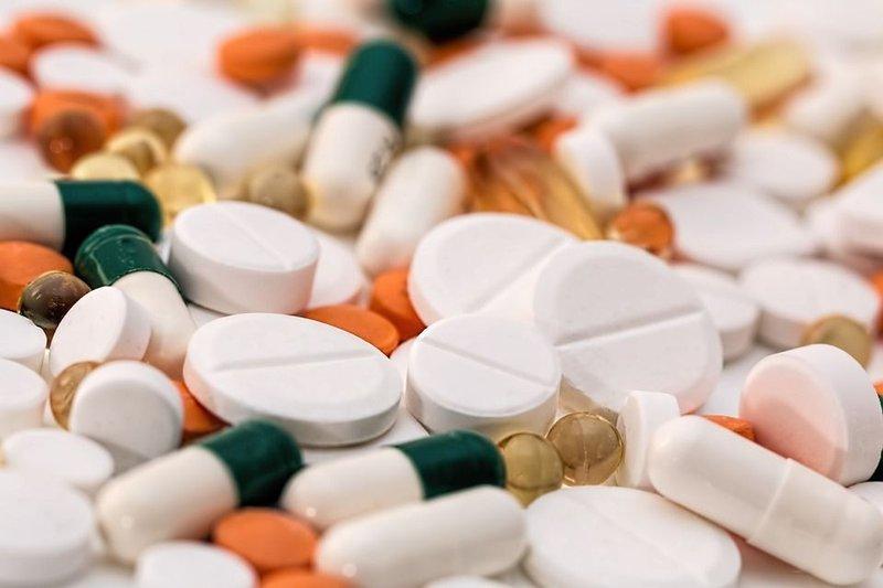 Konsumsi obat penghilang rasa sakit.jpg