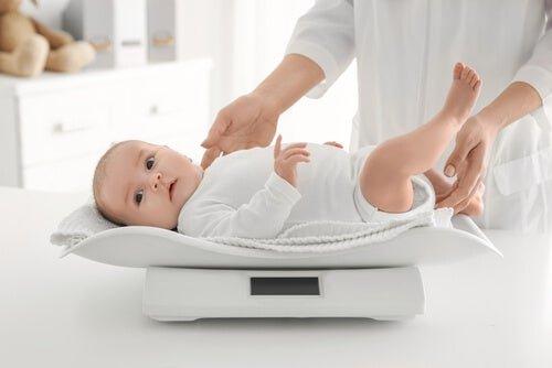 Lakukan 4 Hal Ini Saat Bayi Menolak MPASI 04.jpg