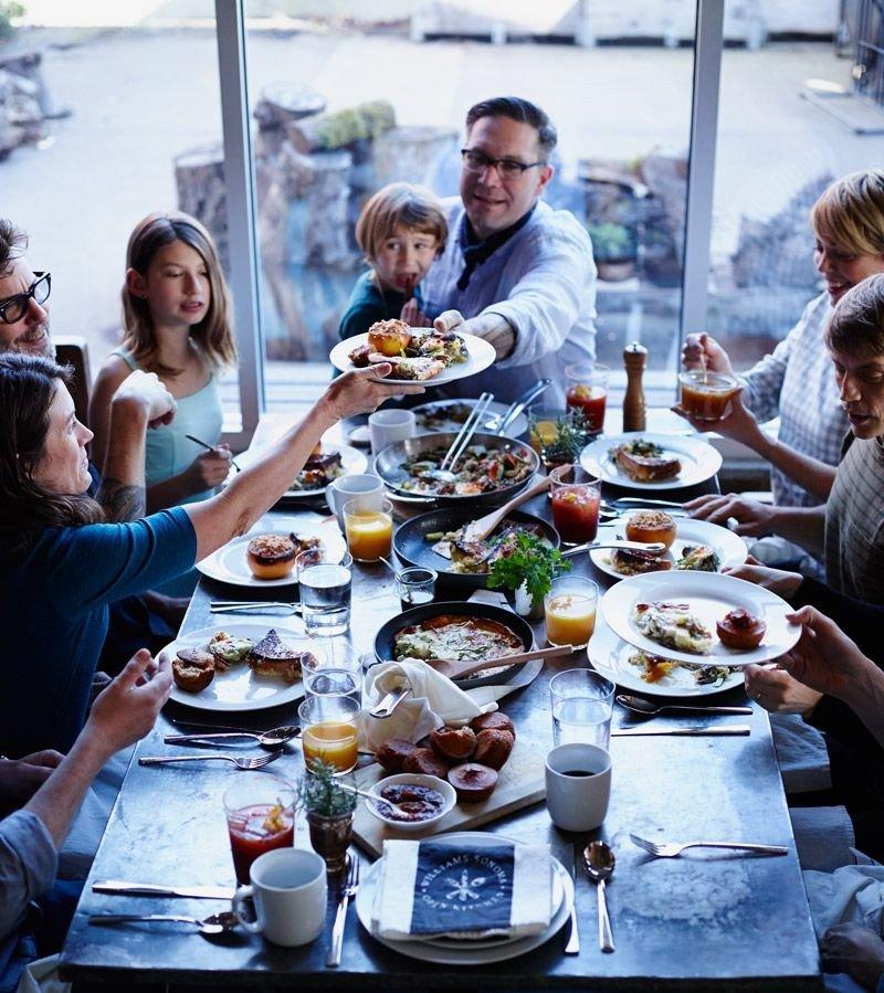 Liburan dan makan bersama.jpg