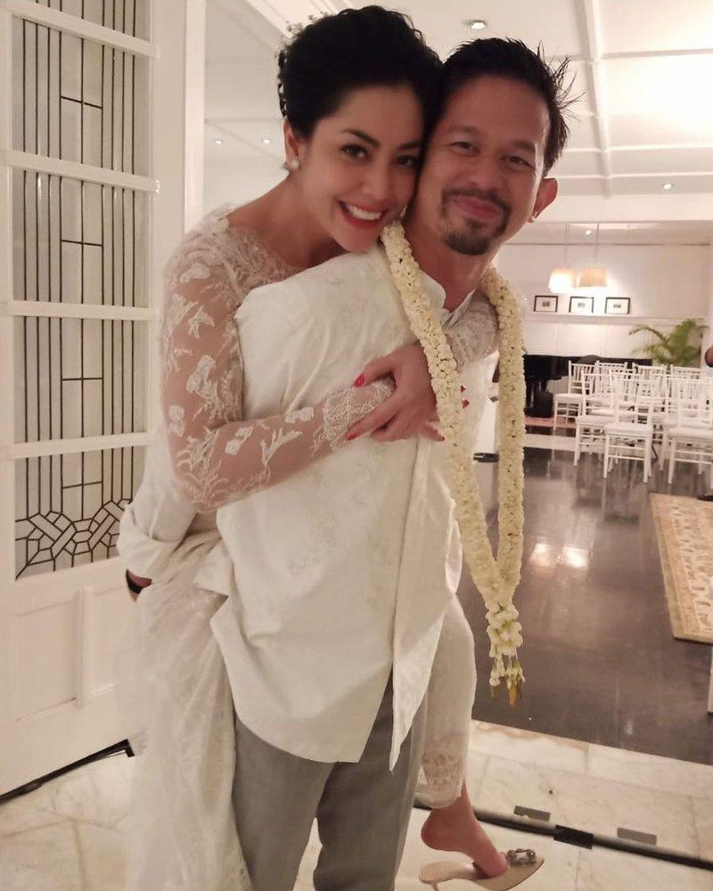 Lulu Tobing dan Bani Mulia Menikah.jpg