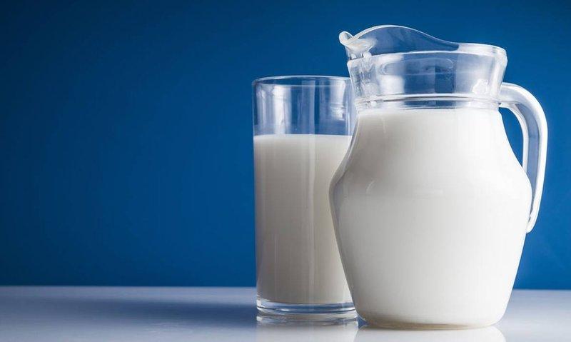 Main-15_milk_DimaSobko-Shutterstock.jpg