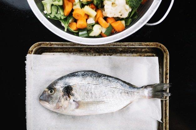 Makanan Bayi 9 Bulan, Ikan, Wortel, dan Bawang Perai